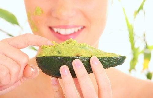 Alimentos que nos podemos aplicar para hidratar la piel