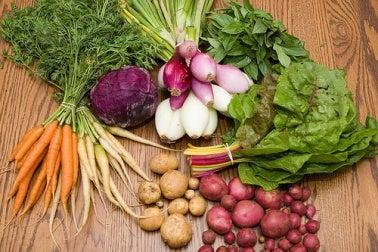 Debes conocer las propiedades de las frutas y vegetales según sus colores.