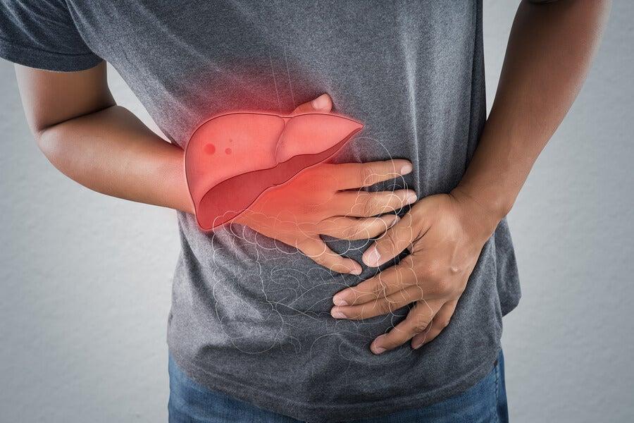 8 síntomas de un problema en el hígado