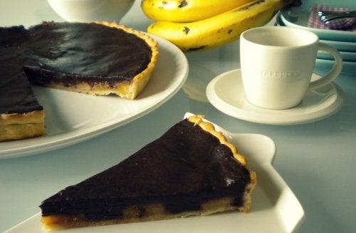 tarta de chocolate y platano
