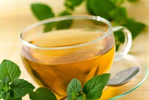 Cómo dejar de roncar con remedios naturales