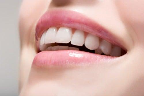 Trucos para tener una sonrisa envidiable