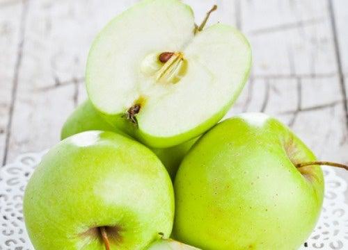 Manzana verde o roja para adelgazar