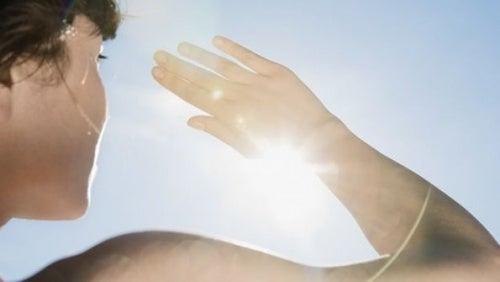 Es recomendable usar protector solar todos los días.
