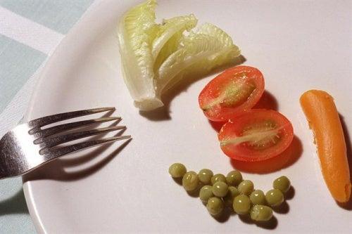¿Estás tratando de perder peso pero al poco tiempo lo recuperas? Te explicamos las 4 posibles razones