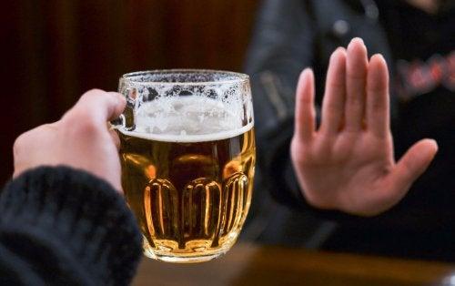 La absorción del alcohol en el organismo.