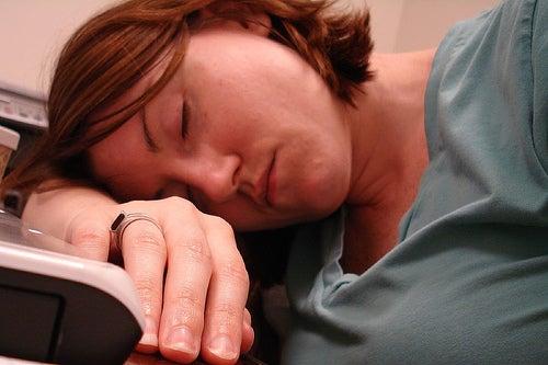 Síndrome de fatiga crónica: qué es y cómo se trata