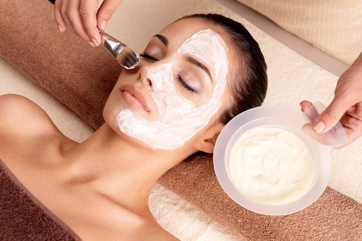 Remedios populares para aclarar la piel