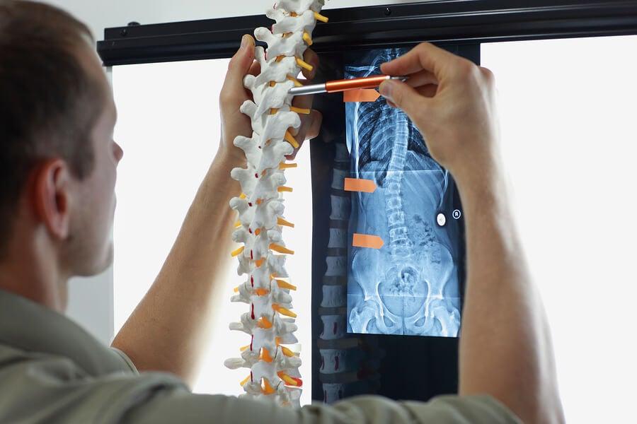 Médico salud ósea