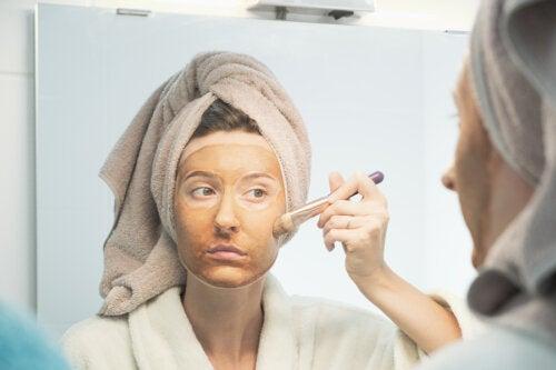 ¿Funcionan los remedios caseros para blanquear la piel?