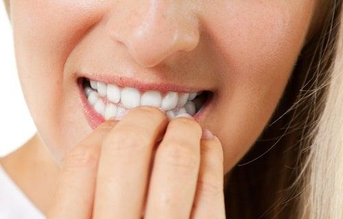 Consejos para dejar de comerse las uñas