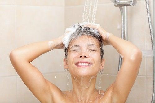 ¿Es perjudicial para nuestra salud bañarnos diariamente?