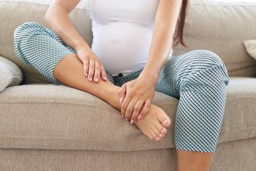 prevenir retencion de liquidos en el embarazo