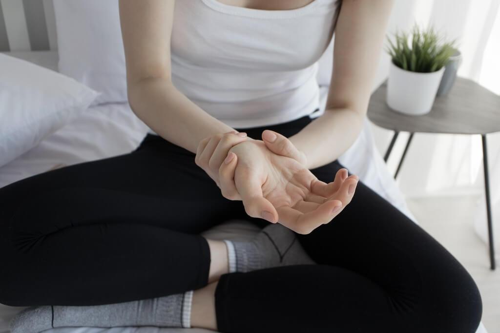 Inflamación en los dedos: ¿a qué se debe?