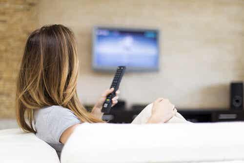 ¿Es malo ver mucho la televisión?