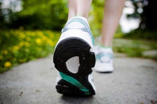 caminar rapido en ayunas