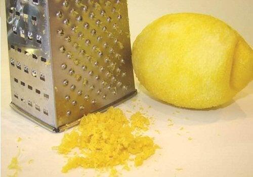 7 usos de la cáscara de limón