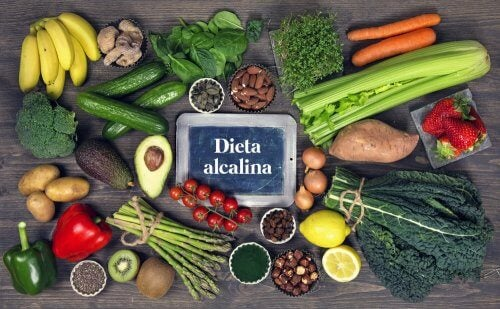 La dieta alcalina puede llegar a ser efectiva para equilibrar el pH.
