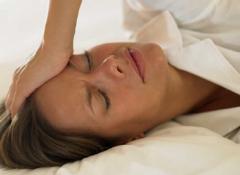 Sudoracion y dolor de cabeza