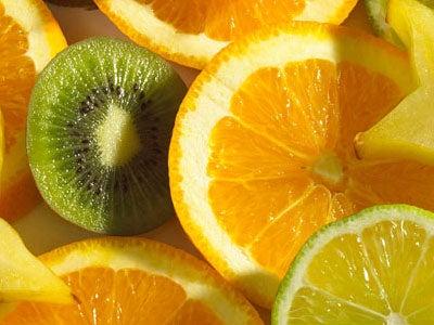 Las mucosidades pueden ser aliviadas con zumo de naranja y kiwi.