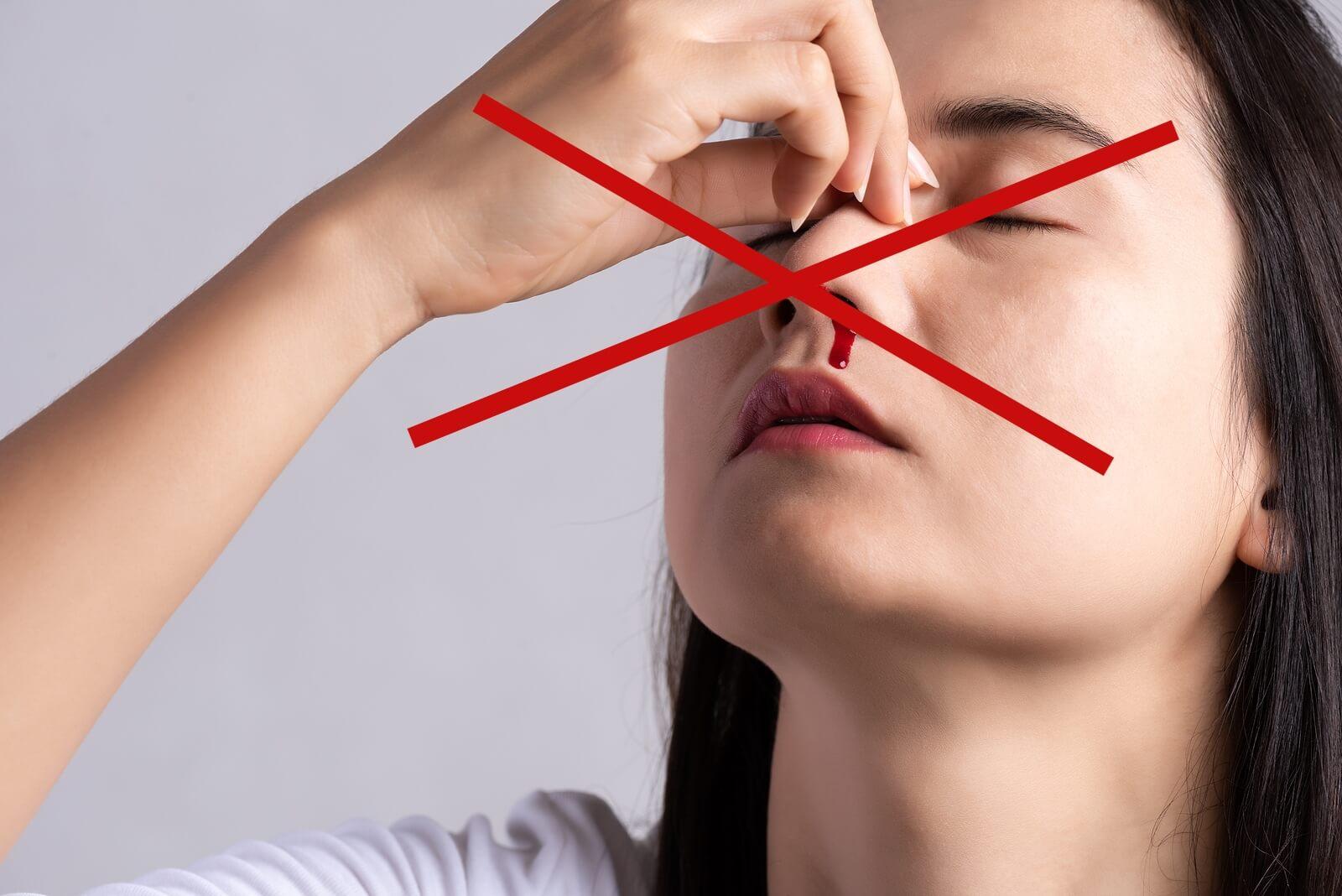 ¿Qué no debemos hacer cuando nos sangra la nariz?