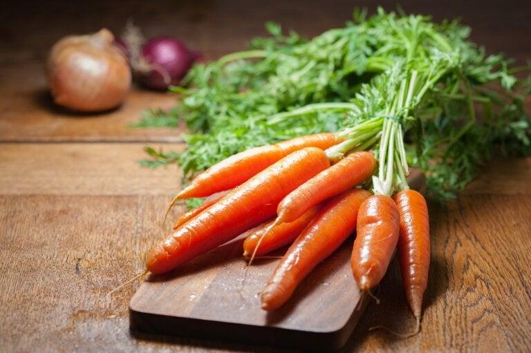 ¿Es posible perder peso comiendo zanahorias?