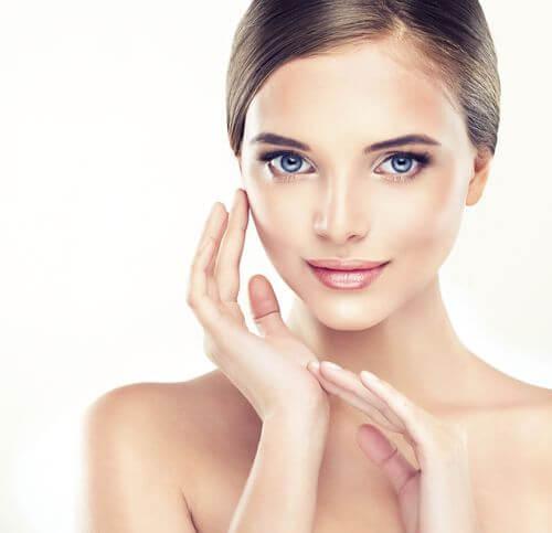 Cómo mantener la piel suave, tersa y joven