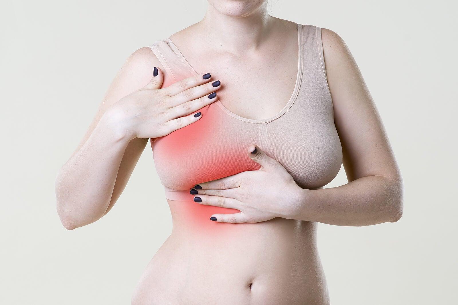 7 razones por las cuales pueden doler los senos