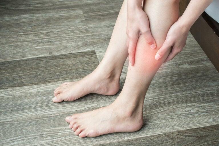 7 remedios naturales para relajar las piernas y disminuir el cansancio