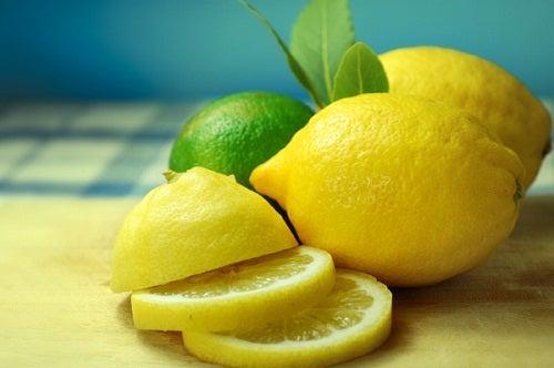 Maneras saludables de consumir limón
