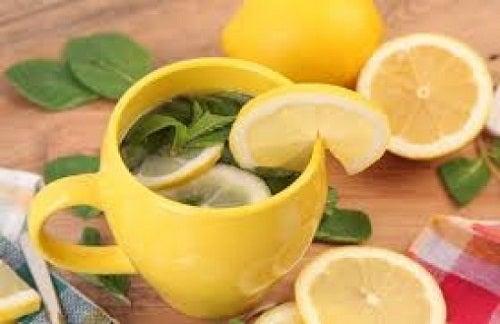 Te-de-limon, usos de la cáscara de limón