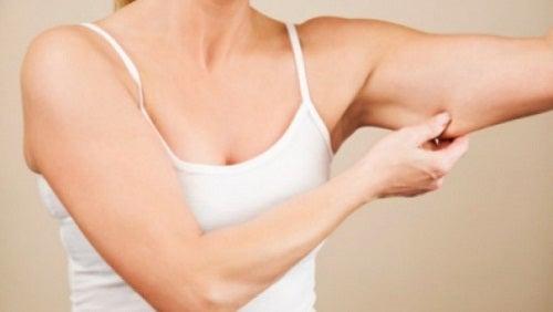 ¿Qué ejercicios debes practicar para tonificar los brazos?