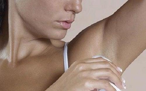 Cómo-hacer-un-desodorante-casero