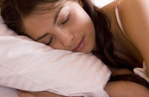 Como-saber-si-necesito-dormir-mas