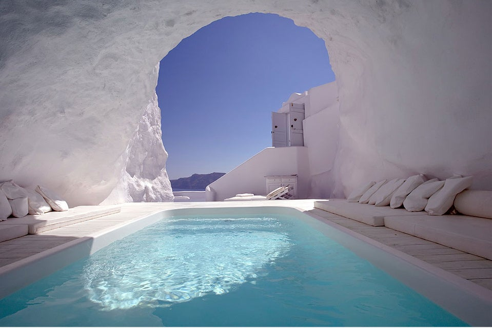 cave-pool-in-satorini-greece