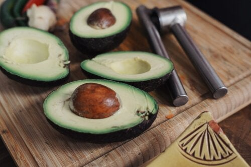 9 razones para comer la semilla del aguacate