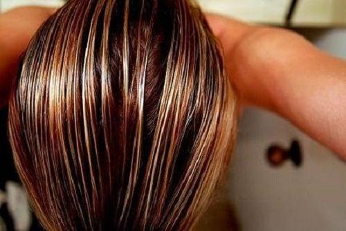 trucos para aclarar el cabello.