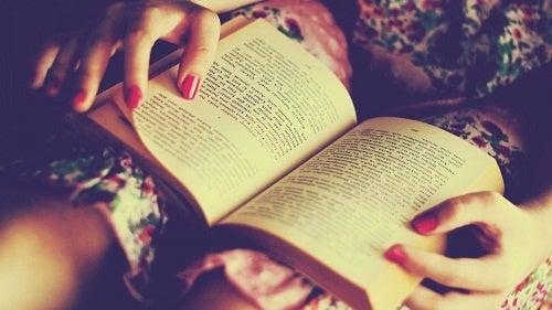 5 grandes beneficios de leer libros para tu cerebro