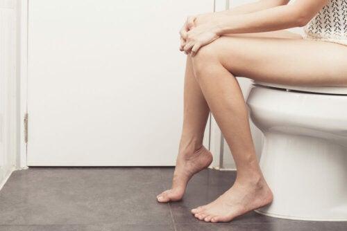 Causas del ardor al orinar en las mujeres