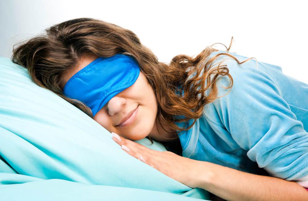 Dormir antifaz