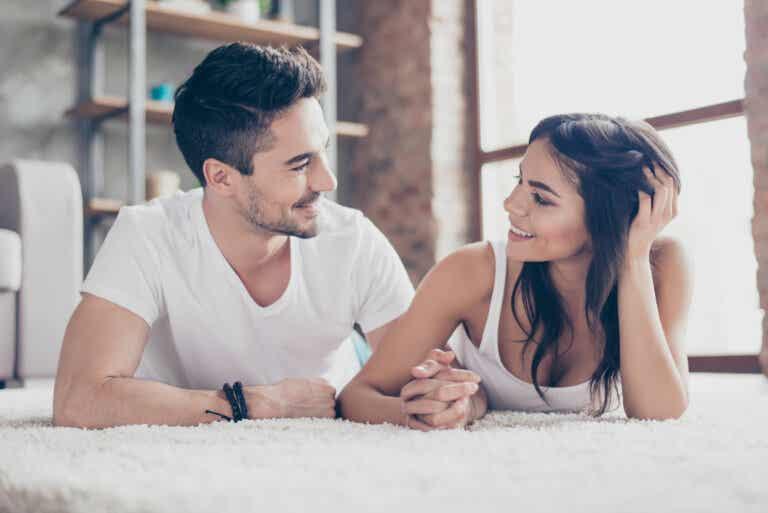 ¿Qué valoramos más las mujeres en una relación de pareja?