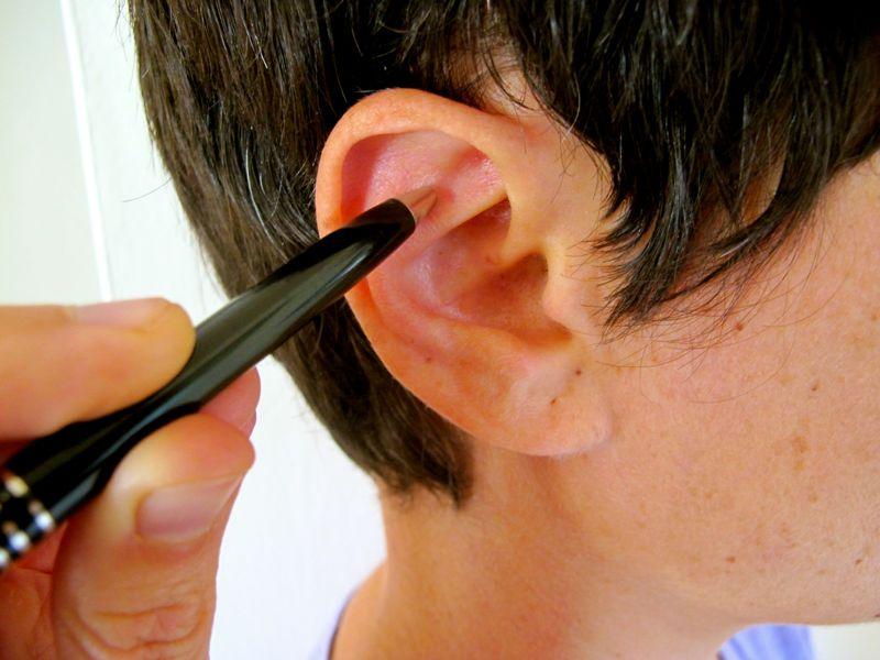 Alivia el estrés masajeando este punto del oído