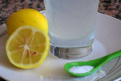 Bicarbonato con limón para el hígado, el páncreas y los riñones