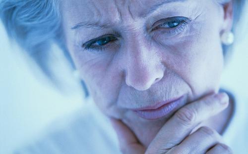 6 hábitos cotidianos que nos hacen envejecer. ¡Descúbrelos!