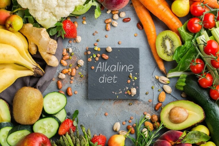 8 dietas alcalinas para cuidar de tu salud: ¡Descúbrelas!