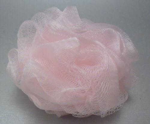 Esponja exfoliante de nylon rosa