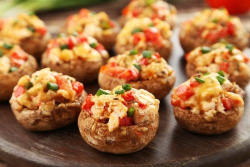 Los-champiñones-rellenos-son un-plato-rapido-y-delicioso.