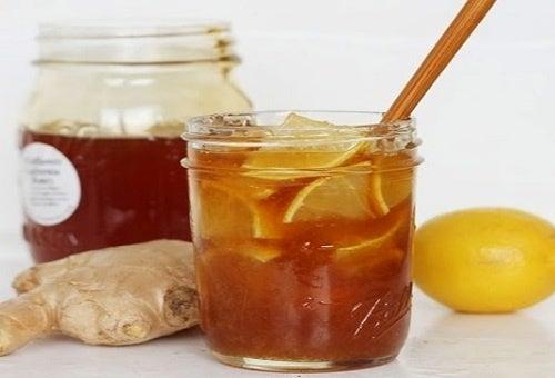 Cómo preparar una potente bebida antiviral con tan solo 3 ingredientes