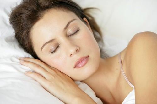 10 alimentos que ayudan a dormir bien