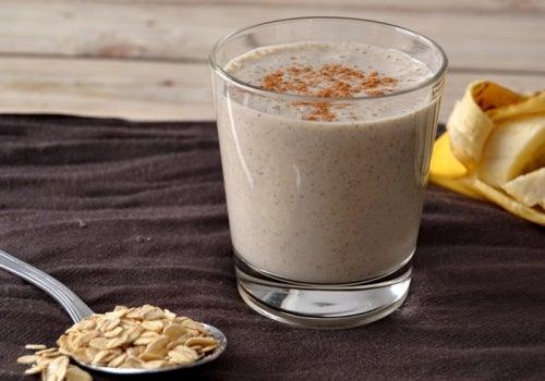 5 increíbles beneficios que te aporta la avena en tu desayuno
